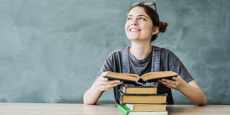 becas estudiar en casa